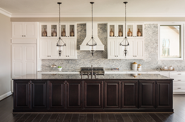 Two-Toned Kitchen Cabinet Trend