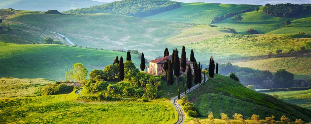 https://www.flavoursholidays.co.uk/blog/painting-courses-tuscany-painting-vistas/