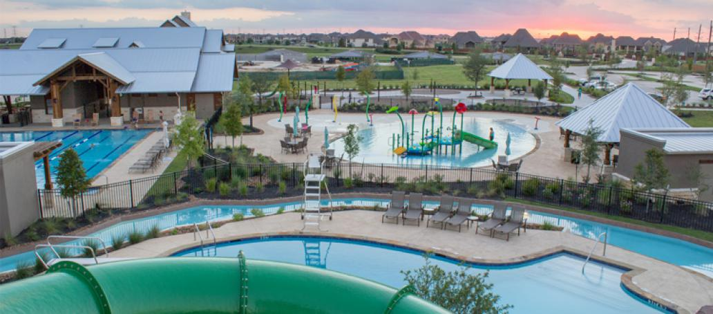 Lakeshore at Towne Lake Townhomes, Houston - Waterpark & Pools