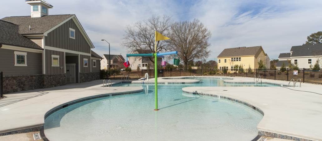 Kildaire Crossing, Raleigh - Swimming Pool and Cabana