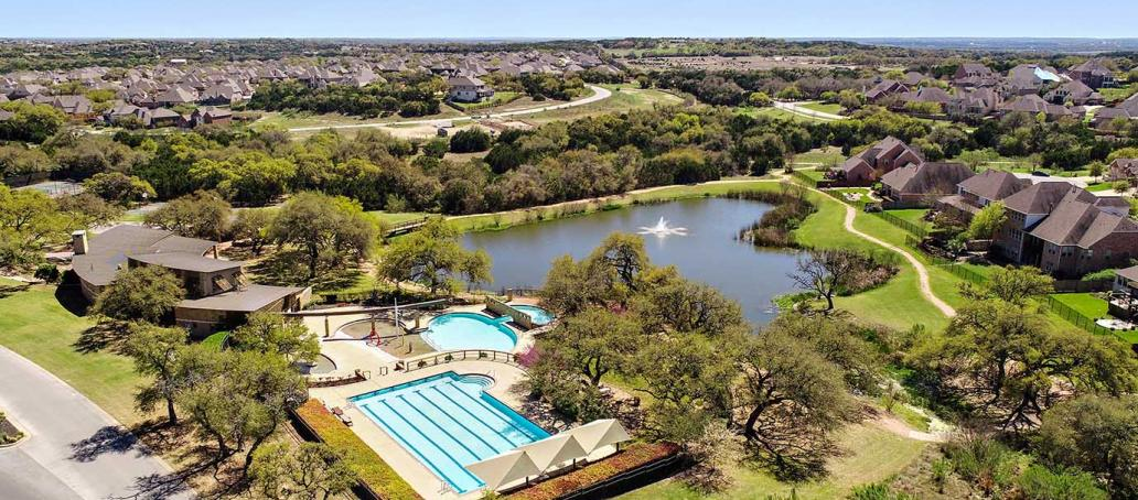 Highpointe 90s | Laurel Crest, Austin - Swimming Pool