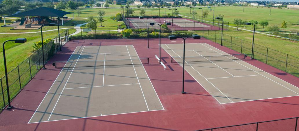 Firethorne 50ft, Houston - Tennis Courts