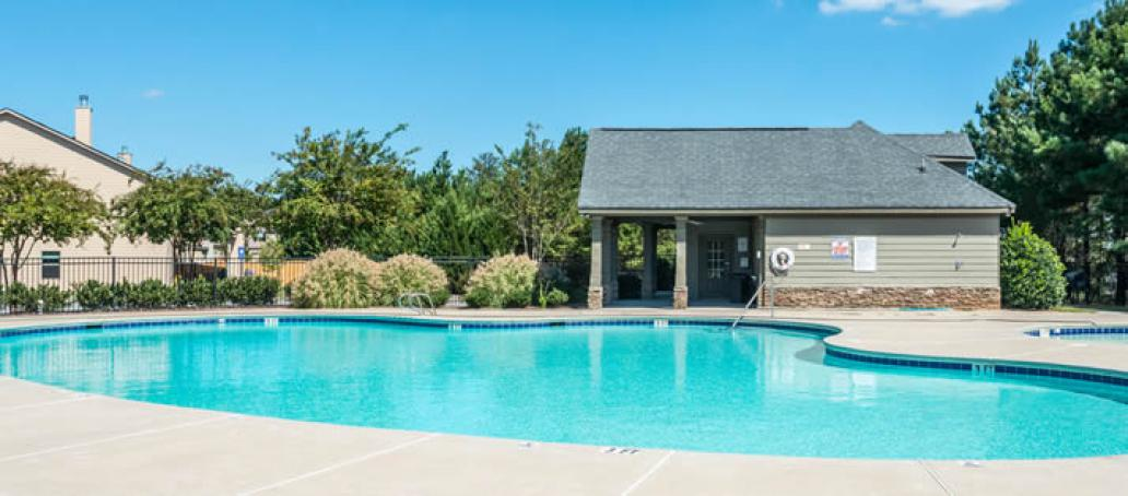 New homes at riverside in woodstock ga ashton woods for Public swimming pools in riverside ca