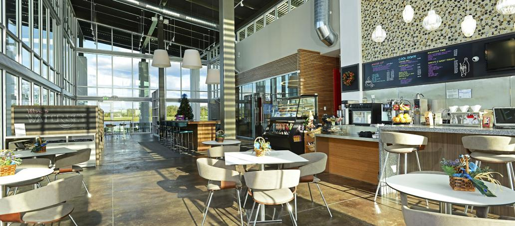 Waterset Courtyard, Tampa - The Landing Club and Cafe