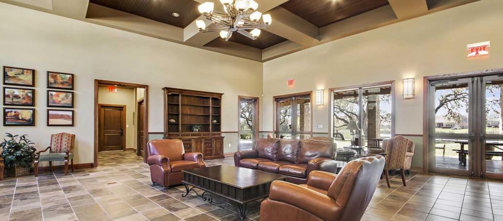 Highpointe 80s | Platinum Heights, Austin - Clubhouse
