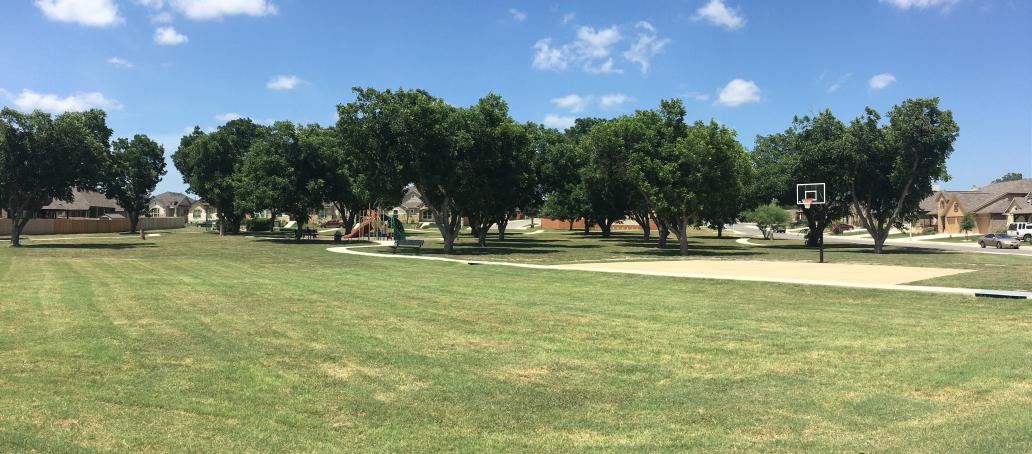 Pecan Crossing, San Antonio - Two Acre Private Park