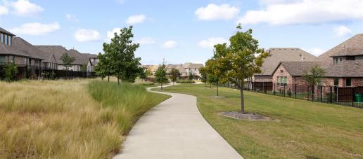 Southern Hills 40' Fairway Series, Dallas - Walking Trails