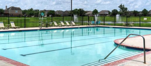 Lakes at NorthPointe 50ft, Houston - Pool