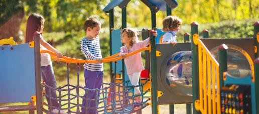 Legends Crossing - Townhomes, Dallas - Playgrounds