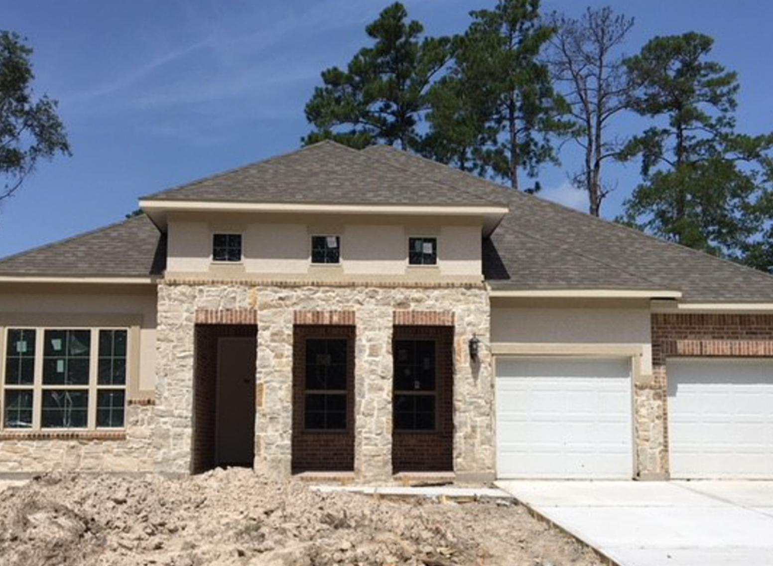 2731 Sterling Heights Conroe Tx Move In Ready Home
