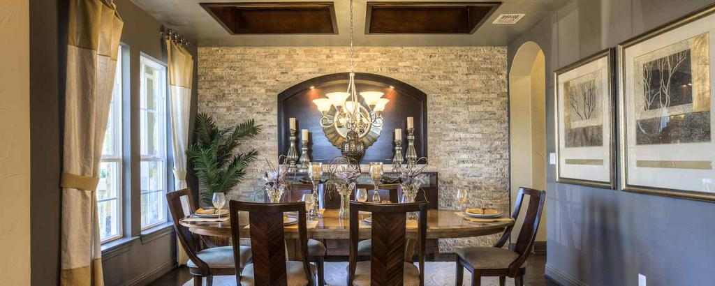 Avalon II, Dripping Springs - dining