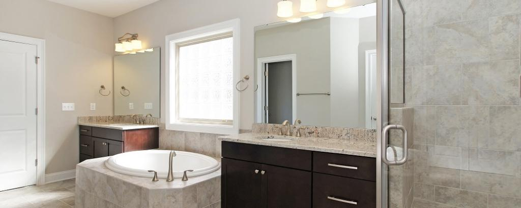 The Berkshire at Braemore, Cary - bathroom