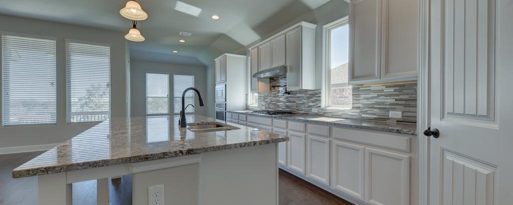 Bradley, New Braunfels - kitchen