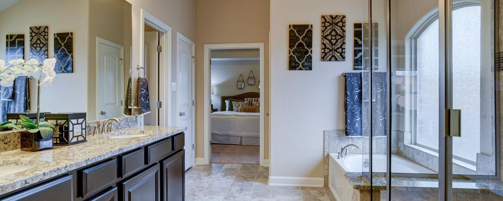 Brazos, San Antonio - bathroom