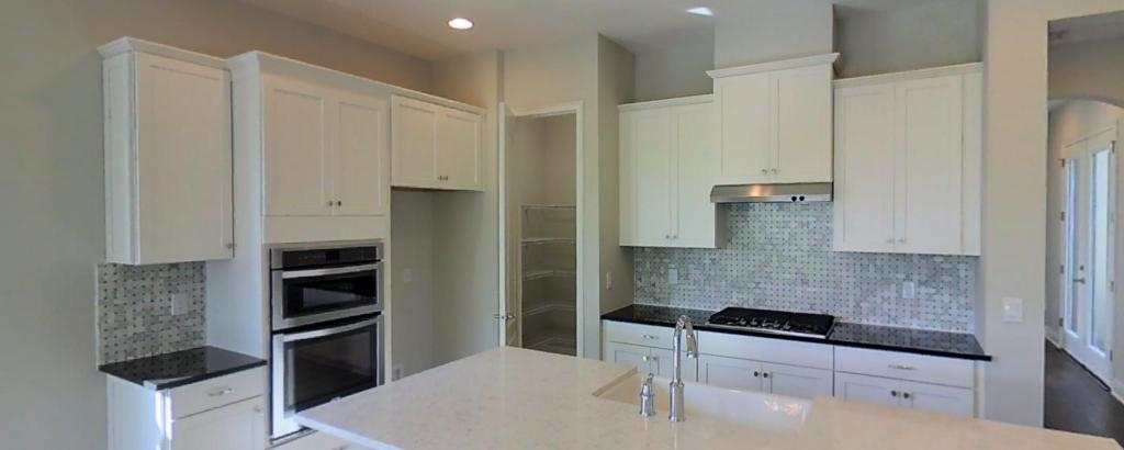 Coquina, Bradenton - kitchen