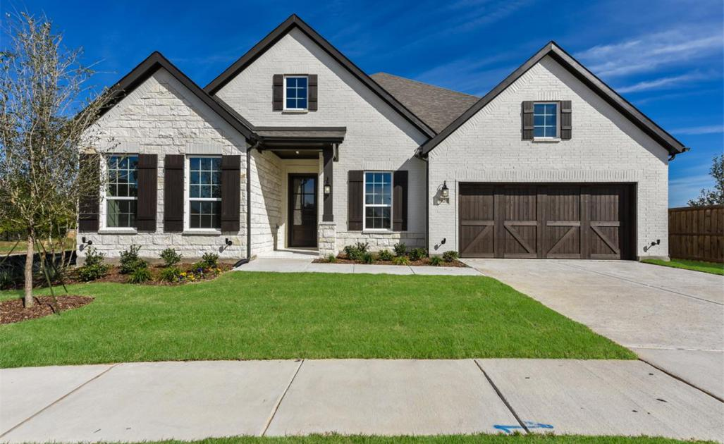 Waverly Home Plan by Ashton Woods